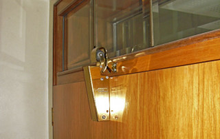 Amortisseur de porte V 1600 porte intèrieure d'hôtel