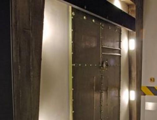 le ferme porte m canique pour des portes coulissantes dictamat 50. Black Bedroom Furniture Sets. Home Design Ideas